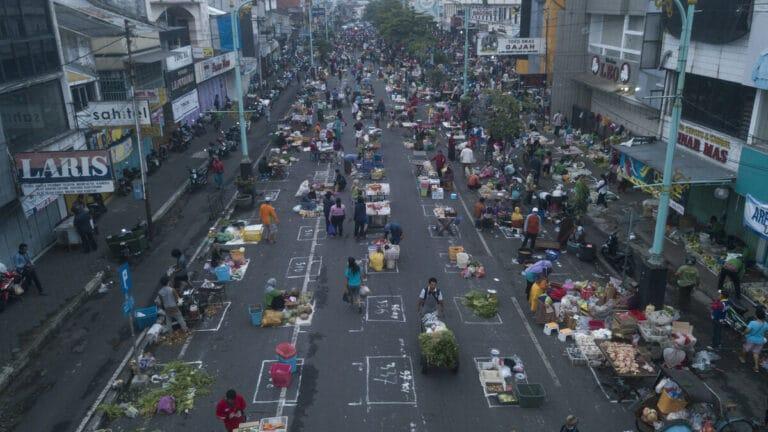 Photo of Pasar Salatiga Ditata Ulang, Ganjar: Semoga Daerah Lain Mengikuti