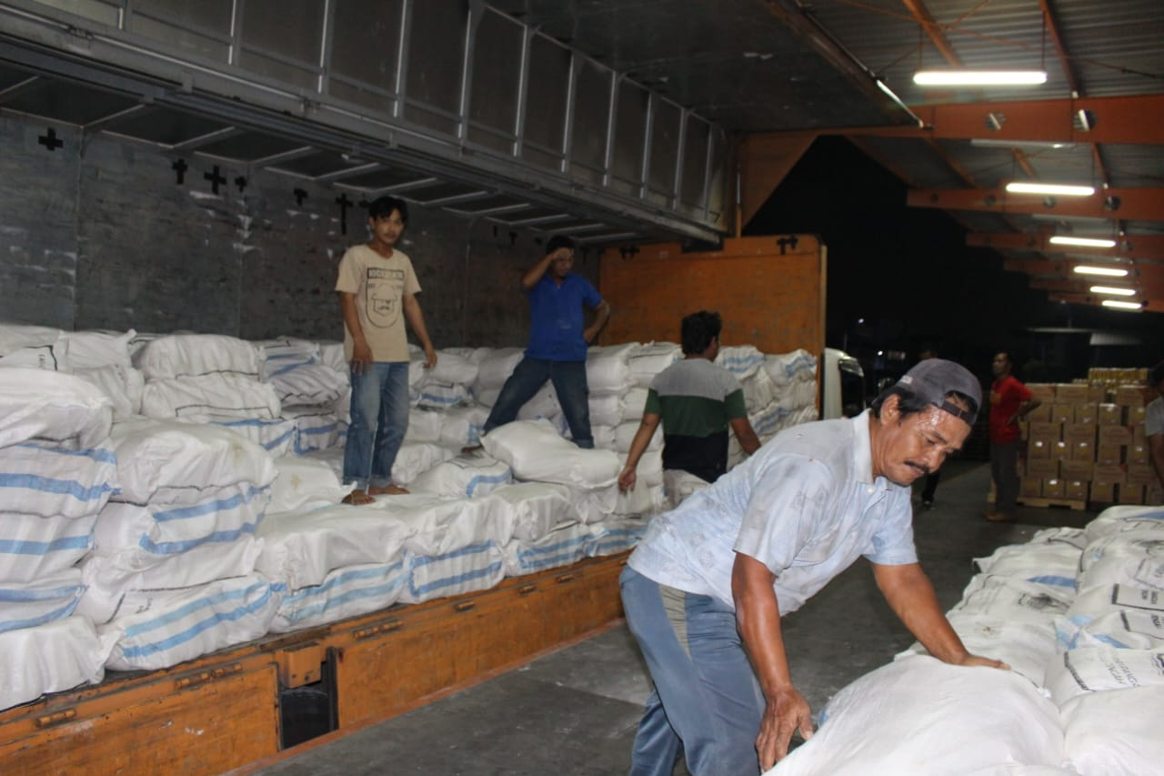 Photo of Bantuan Perantau Jateng di Jabodetabek Tiba, 7.000 Paket Via Pos