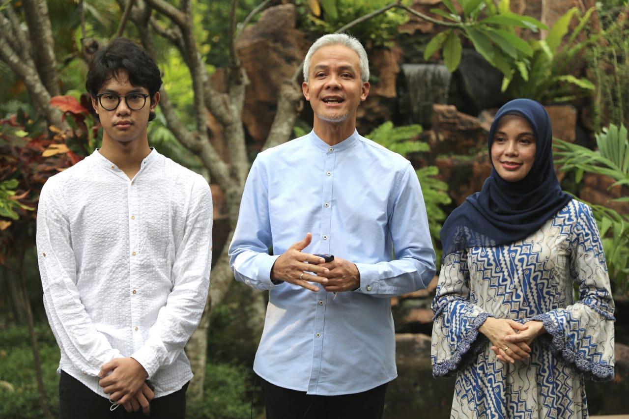 Photo of Lebaran Tak Mudik, Ganjar Gelar Open House Virtual