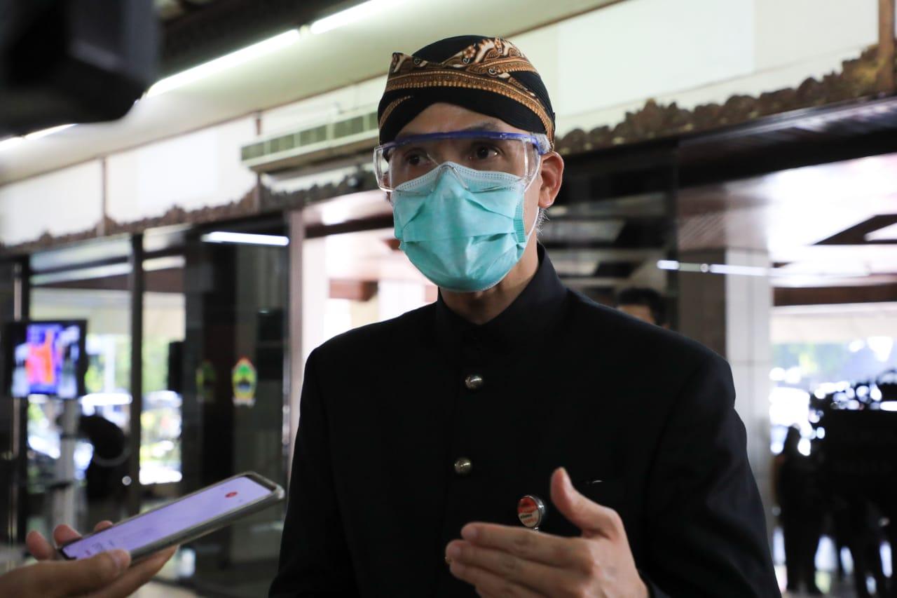 Photo of Posko Aduan UU Cipta Kerja di Disnakertrans, Sudah Terima 2 Aduan