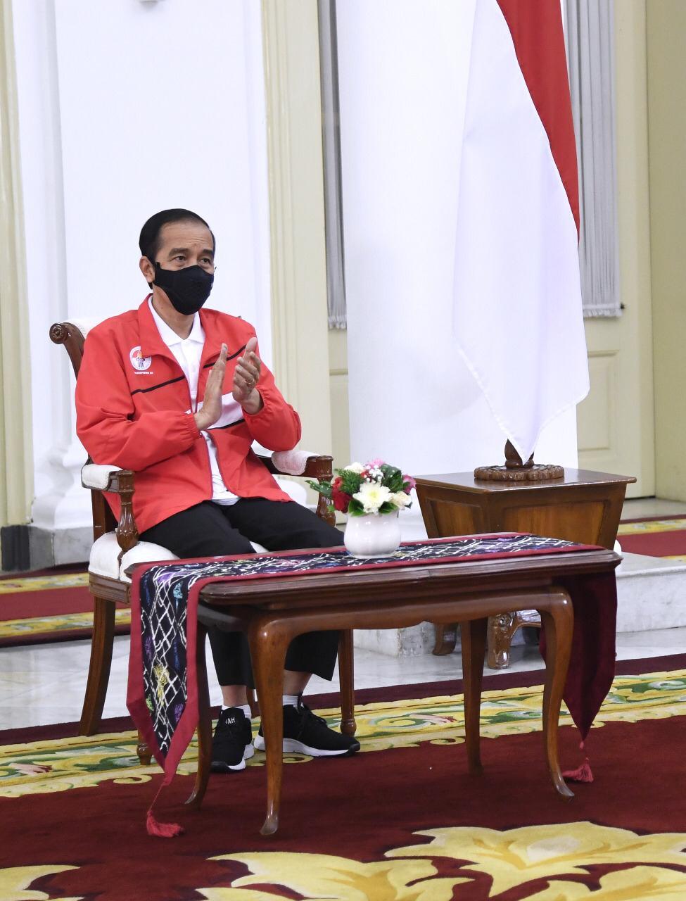 Photo of Jokowi Tingkatkan Prestasi Olahraga Nasional dengan Pembenahan Manajemen dan Pembinaan Secara Total