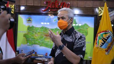 Photo of Jateng Dapat Jatah 421.000 Dosis Vaksin, Ganjar ; Prioritaskan Untuk Nakes Dulu !