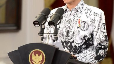 Photo of Presiden Jokowi : Gaji Guru Non PNS Akan Setara Dengan PNS