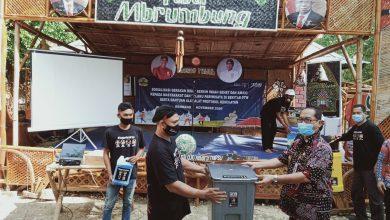 Photo of Disporapar Jateng  Menyelenggarakan Program Jogoplesiran Melalui Sosialisasi Gerakan BISA dan Pembagian Alat Protokol Kesehatan di 4 Desa Wisata di Kabupaten Rembang