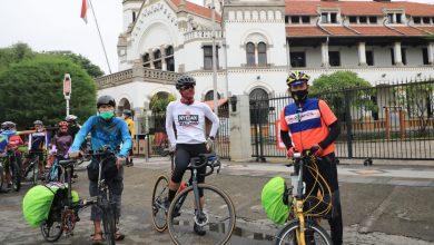 Photo of Ganjar Kedatangan Dua Tamu Nekat, ASN Jabar yang ikuti Tour Gowes Anyer-Panarukan