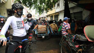Photo of Hari Pertama Pelaksanaan PPKM, Ganjar Keliling Kota Semarang Pastikan Warga Disiplin Prokes