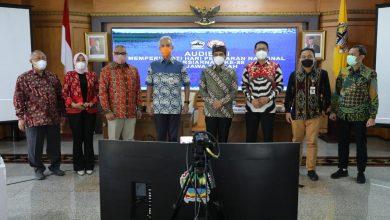 Photo of Ganjar Sambut Baik Rencana KPI Pusat Jadikan Solo Tuan Rumah Harsiarnas ke 88