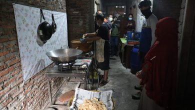 Photo of Pelaku UMKM Cerita ke Ganjar Pasar Meluas Setelah Dapat Pelatihan