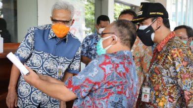 Photo of Kasus Covid Turun 40 Persen, Ganjar Apresiasi Penanganan Covid di Rembang