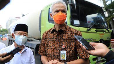 Photo of Baznas Jateng Salurkan Bantuan 60 Ton Oksigen ke RS dan Mesin Pengolah Sampah untuk Ponpes