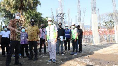 Photo of Cek Pembangunan SMAN Tawangmangu, Ganjar ; Sudah 15 Persen, Insyaallah Akhir Tahun Jadi