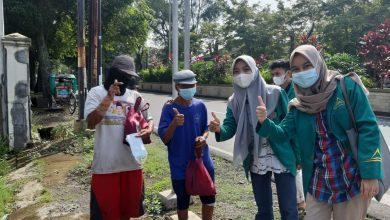 Photo of Mahasiswa UIN Saizu Purwokerto Sosialisasi Prokes ke Pedagang Pasar