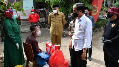 Photo of Kunjungi Aceh, Jokowi Tinjau Vaksinasi dari Pintu ke Pintu