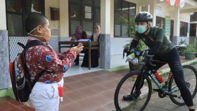 Photo of Tinjau PTM Terbatas, Ganjar Titip Pesan untuk Guru