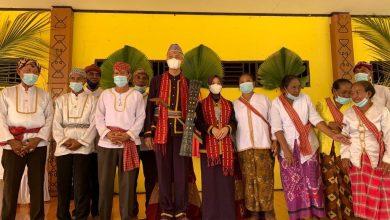 Photo of Melalui Upacara You Yaihoro, Ganjar Diangkat Jadi Kesatria Suku Tobelo